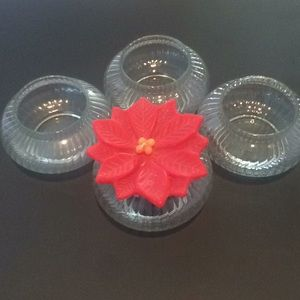 4 candle holders, candle included